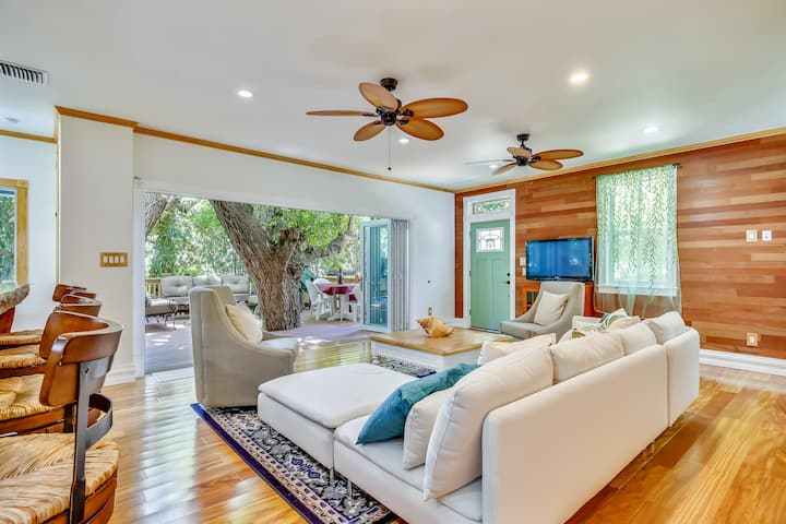 Fantastic & elegant two-story retreat w/deck surrounded by trees & private pool