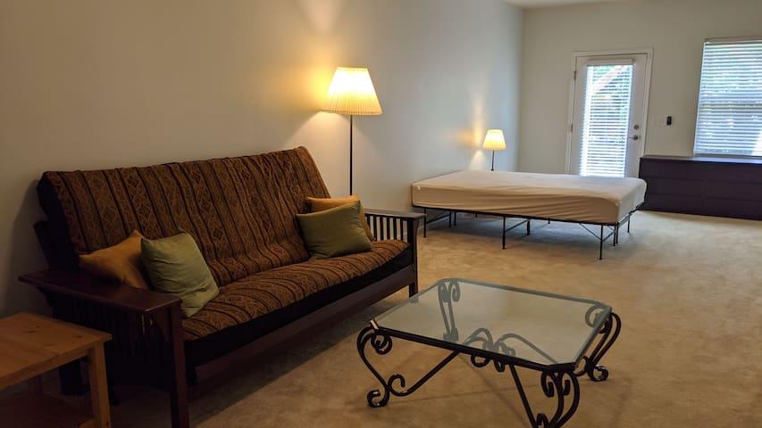 Durham Lake Private Suite