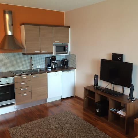 Nice apartment in hotel Vuorihotelli - Sastamala - Departamento