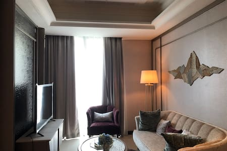 New-Furnished-Luxurious Apartment @Kota Kasablanka
