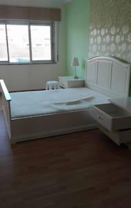 Excelente apartamento no Monte Abraão. - Queluz - 公寓