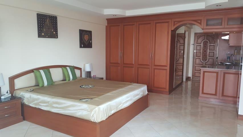 V.C.C Condotel Near Hotel Siwalai Place - Pattaya - Huoneisto