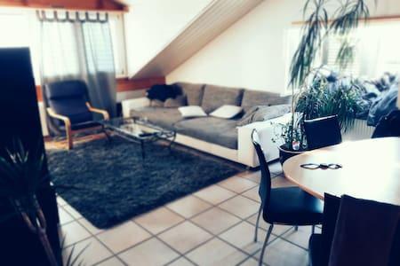 Joli 2,5 p. - Apartment