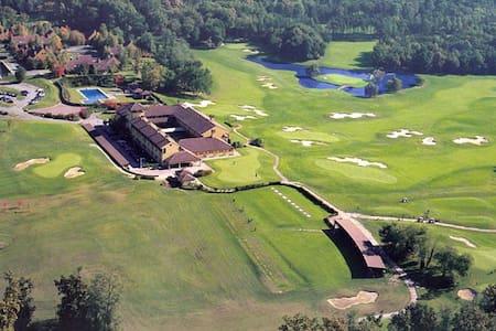 Golf di Castelconturbia - Localita' Bindellina