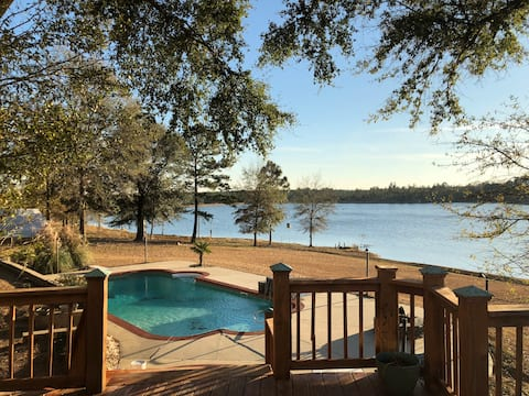 Beautiful secluded home on 48 acre private lake