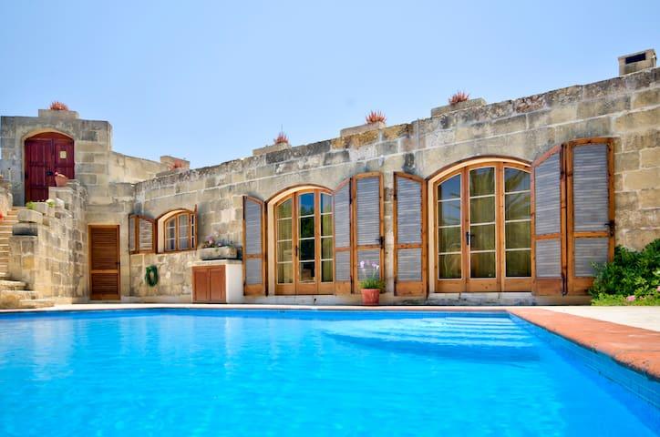 Farmhouse Lara - Ghasri Valley