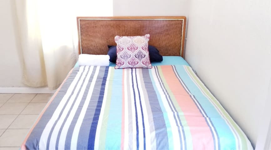 #A Economic Full Bed in Riverside(Monthly Special)