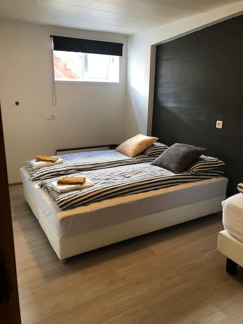 Þverhamar Hostel quarto 3 (quarto privado)