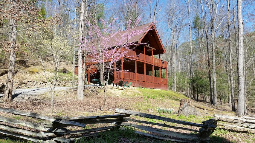 MOUNTAIN CABIN HOME - Cross Creek - Sevierville - Chalet