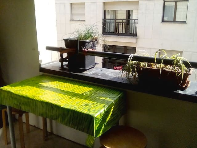 Private room down town 16m² & balcony