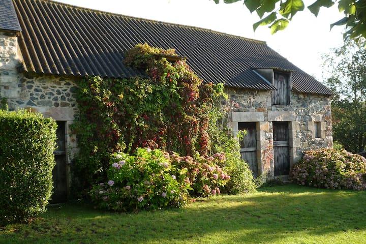 """La Grange"" - Hénanbihen - Appartement"