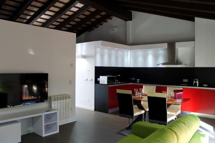Studio apartment 31 - Olot - Huoneisto