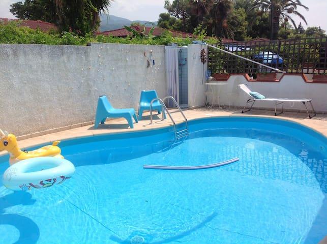 Bella villa con piscina & terrazza