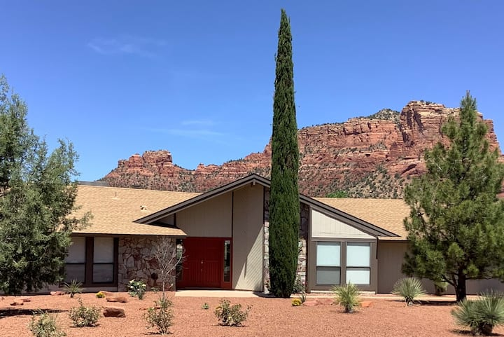 Newly Renovated with Great Red Rock Views