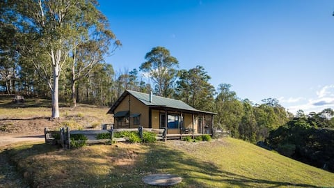 Mountain Cottage - Bega Valley couples retreat