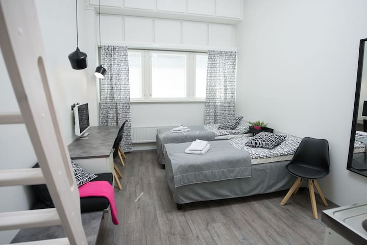02|Tromba – New Studio Apartment Near Metro