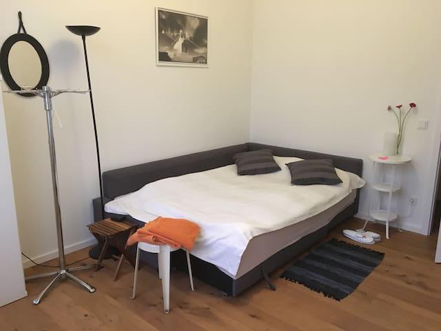 schönes Zimmer, ruhig, mitten in St Pauli