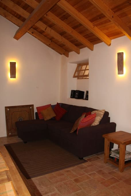 The Cottage offers all modern comforts with a cosy top quality style.