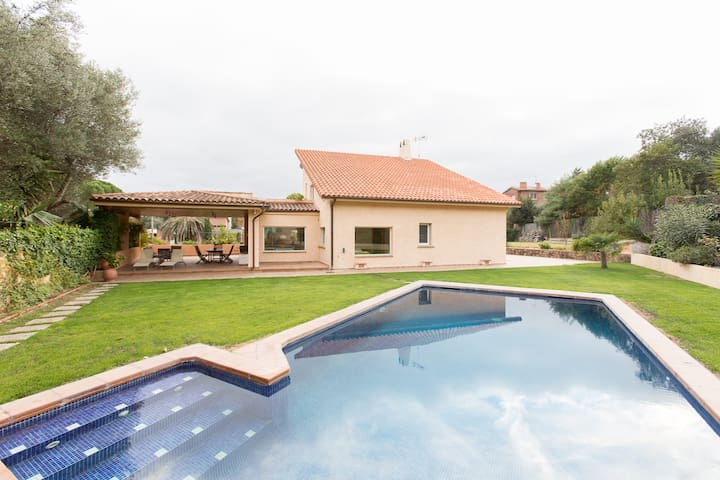Luxury house with swimming-pool - Bellaterra - Dom