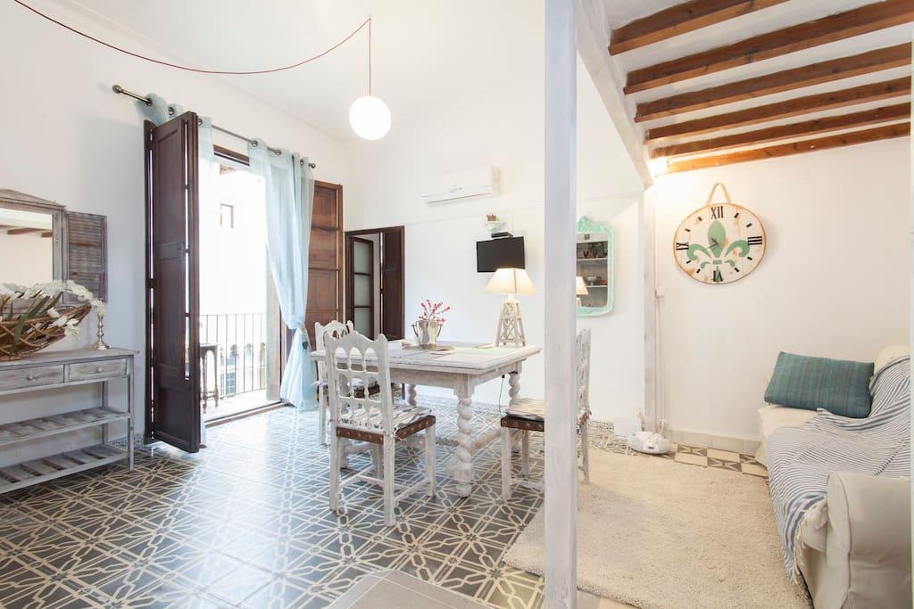 apartment in the historic center wohnungen zur miete in palma pm spanien. Black Bedroom Furniture Sets. Home Design Ideas
