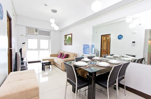 Welcome to Your Awesome 1 BR Condo at Eastwood City! Feel at home, relax and enjoy.