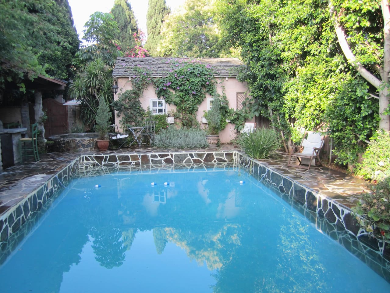 under the tuscan sun cottage hideaway in west la guesthouse for