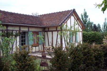 "Gîte ""Le Closet"" - Lusigny-sur-Barse - Casa"