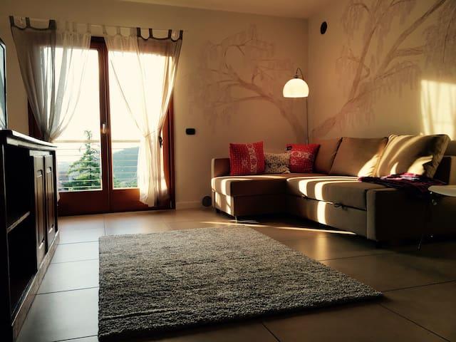 Sole e silenzio a 10 min dal centro - Montevaccino - Lägenhet