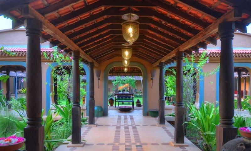Panchavatti (05 Bedroom) private pool villa - Aldona