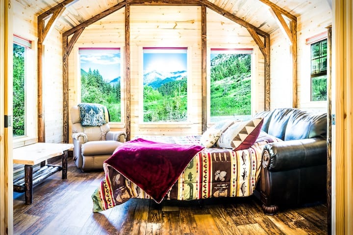 """***Creekside in the Crazy Mountains!**  Beautiful Brand NEW Cabin  """"15% Winter Stay Discount!"""" No"""