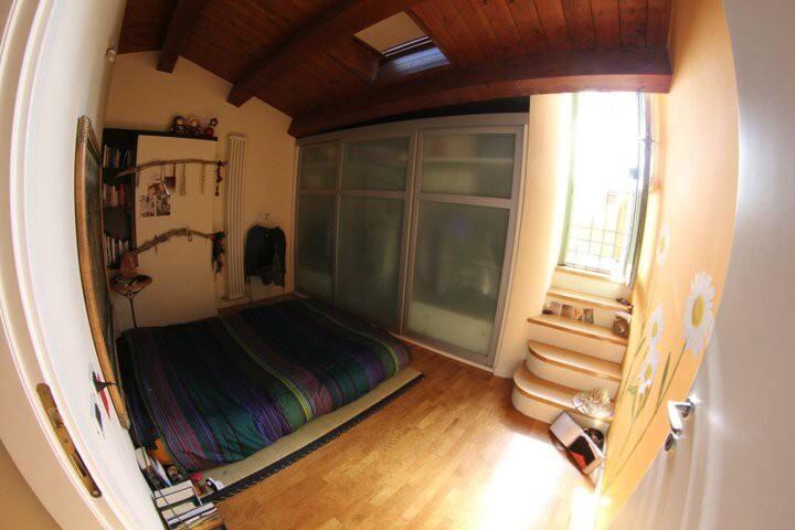 Una stanza in un nido sui tetti
