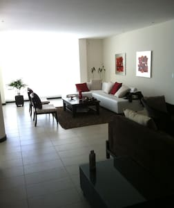 Luxury in the middle of the world - Quito - Wohnung