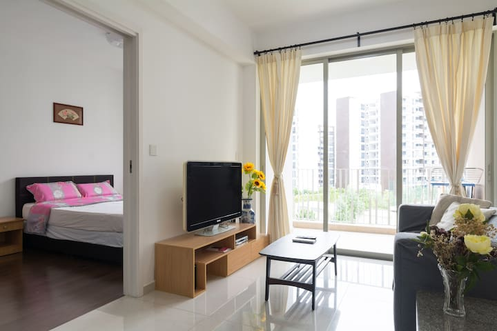 Beach Resort style living - Singapore - Condominium