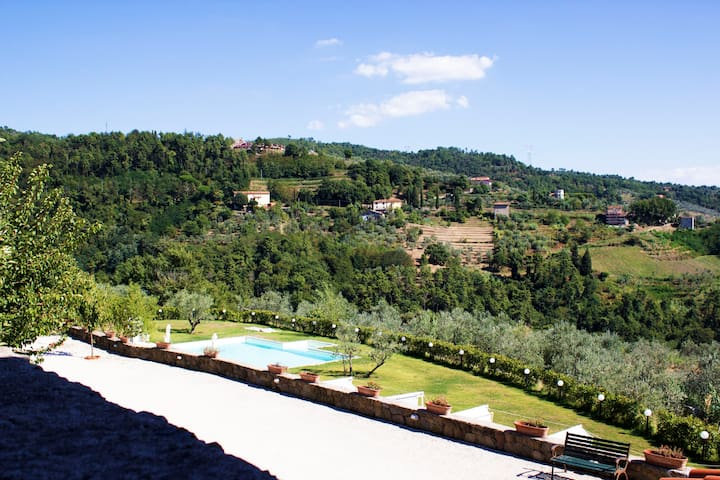 Beautifull Casa Gialla in Tuscany, near Florence - San Baronto - Hus