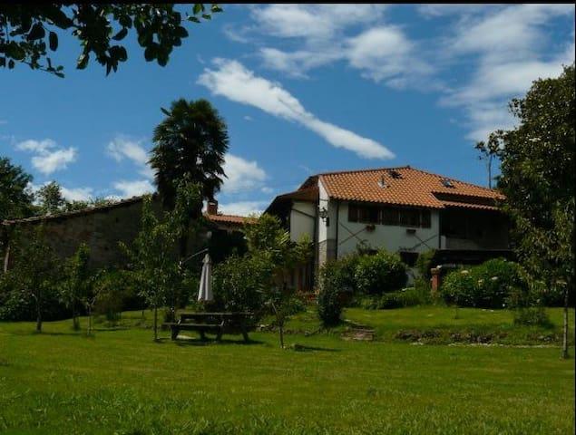 La Rondina - Cosy countryhouse - Fuentes - Huis