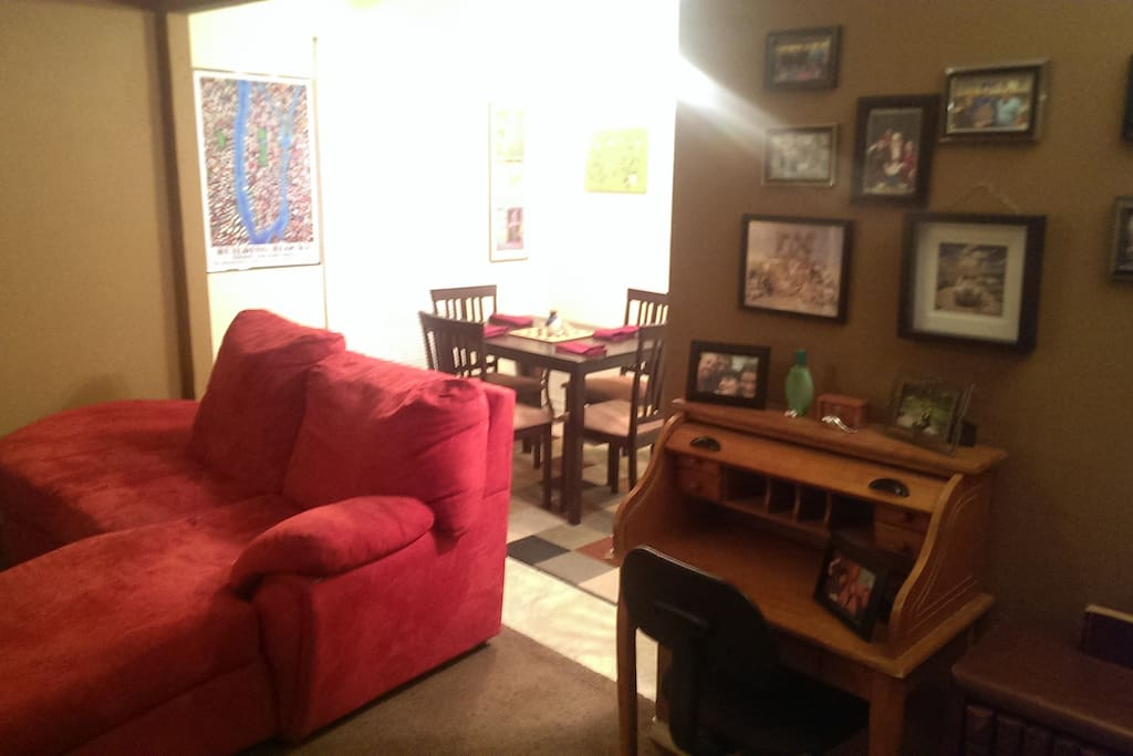 Large apt in historic wesport apartments for rent in for Best private dining rooms kansas city