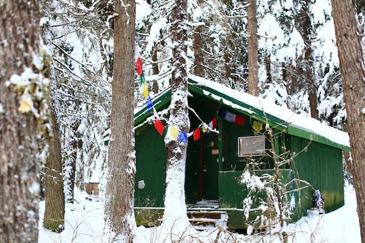 Girdwood Cabin Office and get-away.
