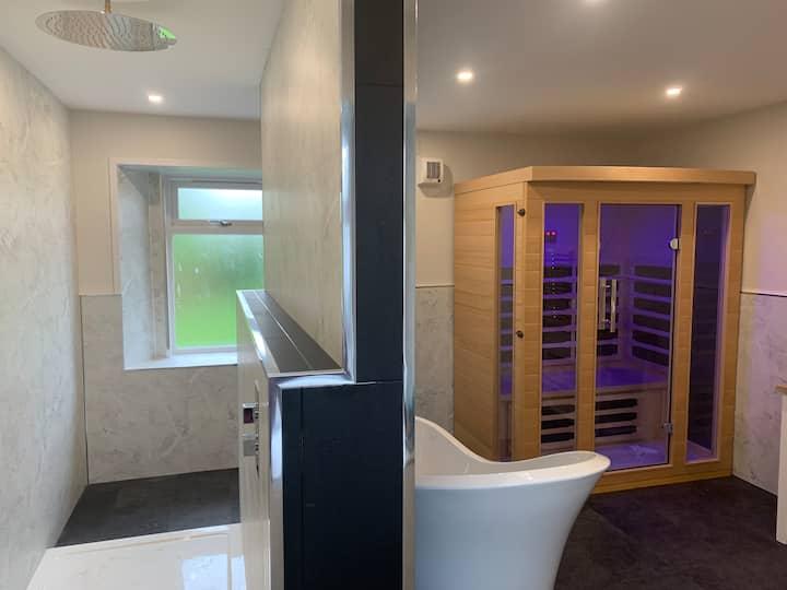 Ayrshire Rural Retreats - Nether Newton FarmHouse!