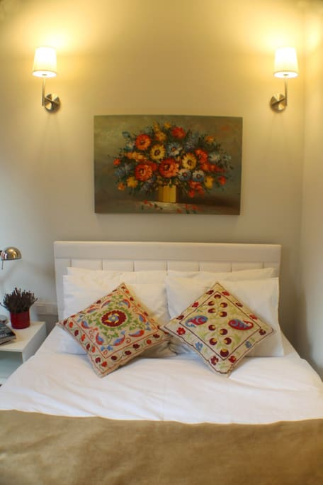 Double bed and Flower on oil canvas