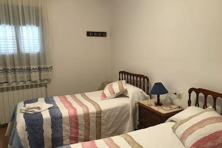 Hostal Casiano Camarasa HL-000393
