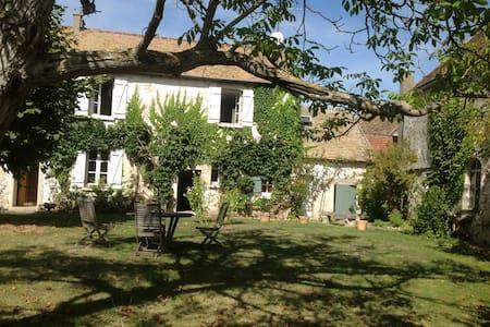 Maison de charme - Orvilliers - Haus