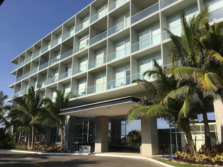Excelente depa. con playa en Acapulco diamante.