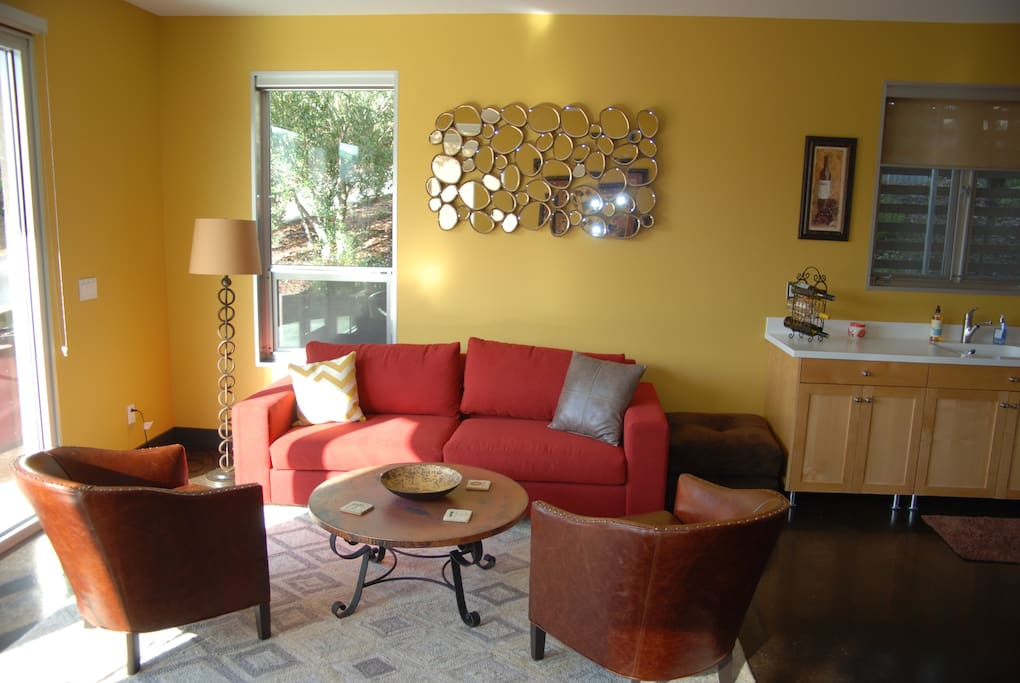 Sitting area with queen sofa-sleeper