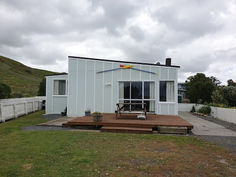 Whangaimoana Beach House