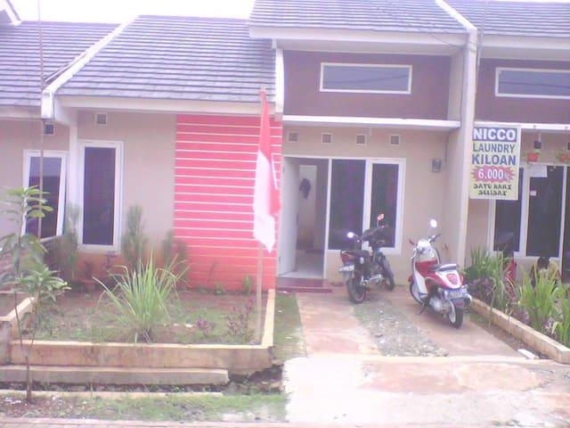 Rental - Tangerang - Hus
