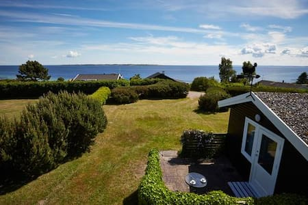 Ocean view and great beach!  - Faaborg - Cabin