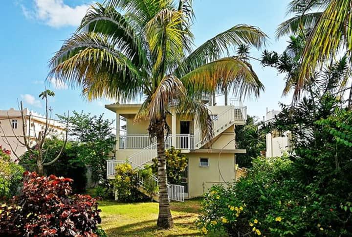 Villa with garden in Grand Baie