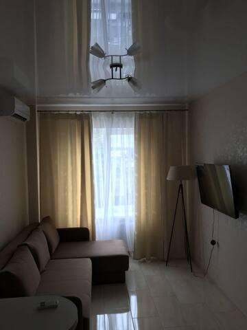 Сдам квартиру в Новострое Шевченковский 32