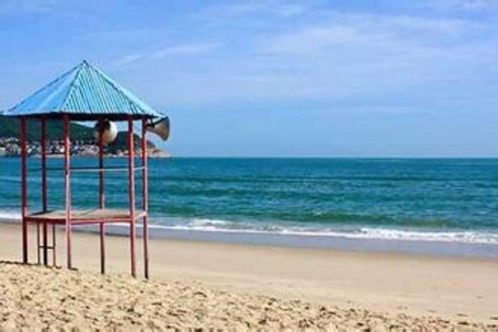 大沙滩,仿如国外