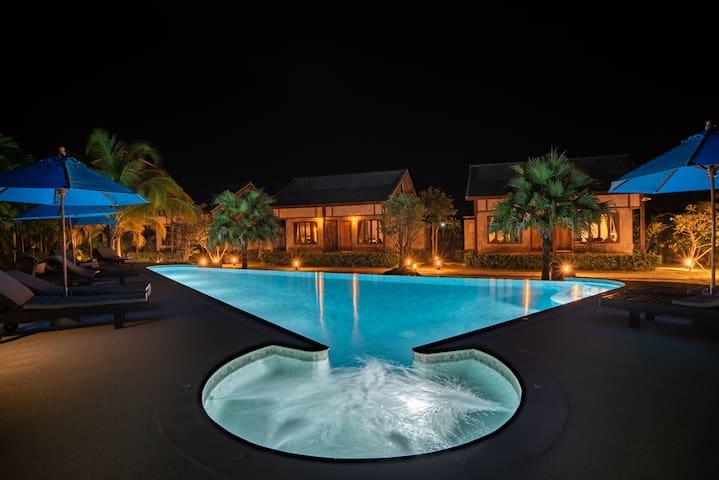 Luxury Pool Villa I
